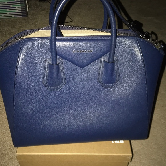 Givenchy Handbags - Givenchy Medium Antigone handbag Navy